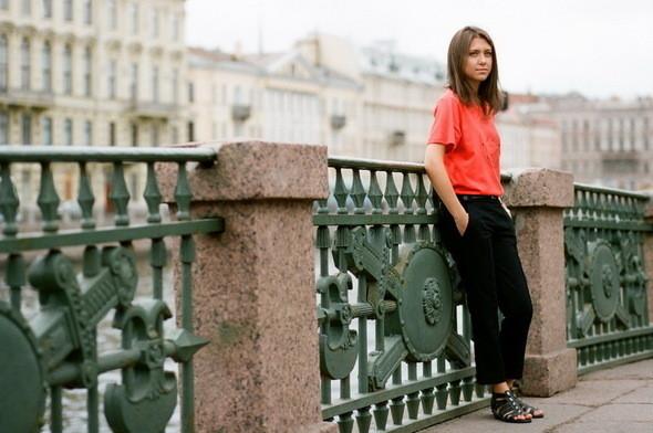 На Кате: футболка и капри Girls from omsk. Изображение № 19.