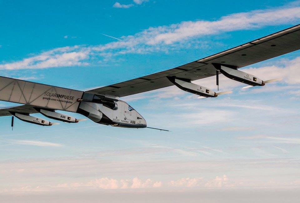 Первый самолёт  на солнечной энергии,  который долетит  на край света. Изображение № 9.