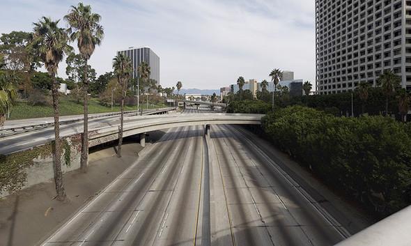 Мертвый город. Лос-Анджелес. Изображение № 17.