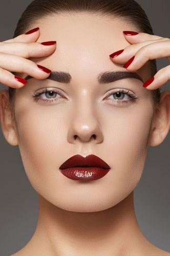 Red lipstick. Изображение № 7.