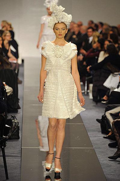 Chanel Spring 2009 Haute Couture. Изображение № 7.