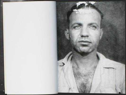 Закон и беспорядок: 10 фотоальбомов о преступниках и преступлениях. Изображение № 57.