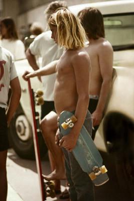 Hugh Holland. Скейтборд-хроники 70-х. Изображение № 6.
