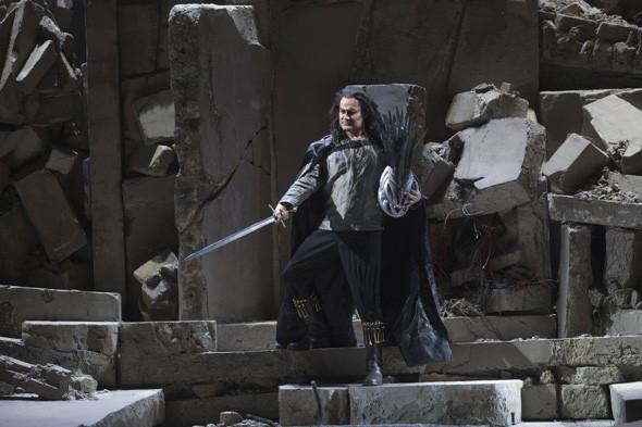 Prada создали костюмы для оперы. Изображение № 4.
