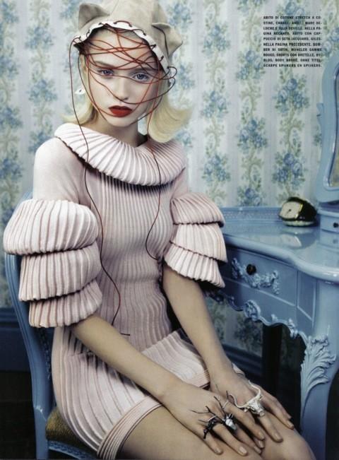 Neo-Romantic byEmma Summerton, Vogue Italia, june 2009. Изображение № 8.