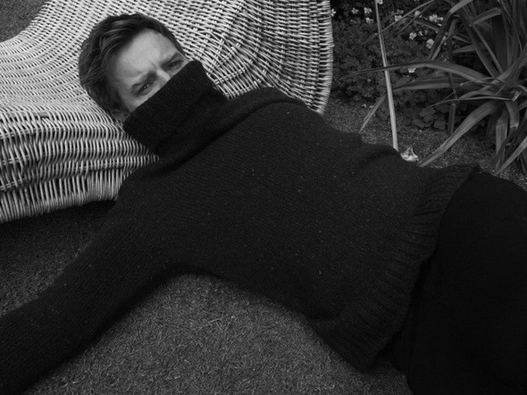 Ewan McGregor для Bullett Magazine. Изображение № 12.