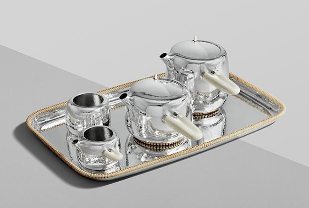 Дизайнер Марк Ньюсон создал серебряный чайный сервиз. Изображение № 1.