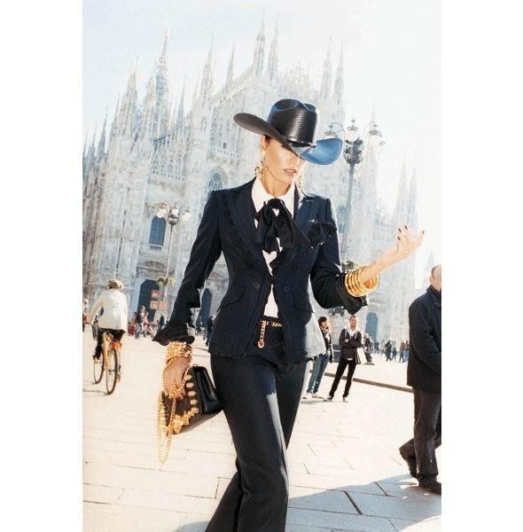Новые рекламные кампании: Max Mara, Moschino и Calliope. Изображение № 8.