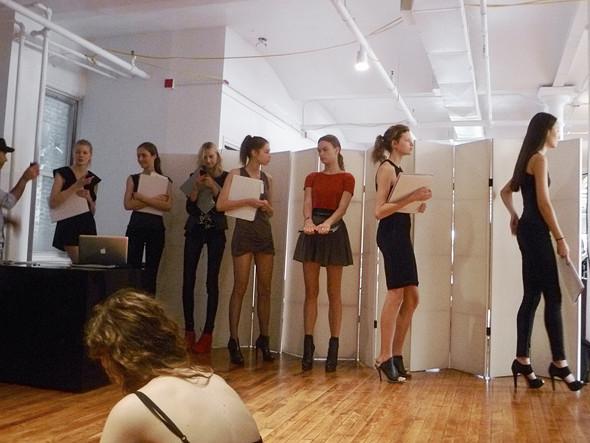Дневник модели: Разговор с новым лицом Prada, съёмка и снова «Старбакс». Изображение № 19.
