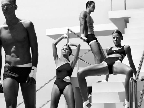 Быстрее, выше, сильнее: Модные съемки, вдохновленные спортом. Изображение №106.