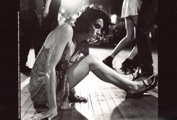 Архивная съёмка: сет Fashion Marathon из итальянского Vogue за 1997 год. Изображение № 2.