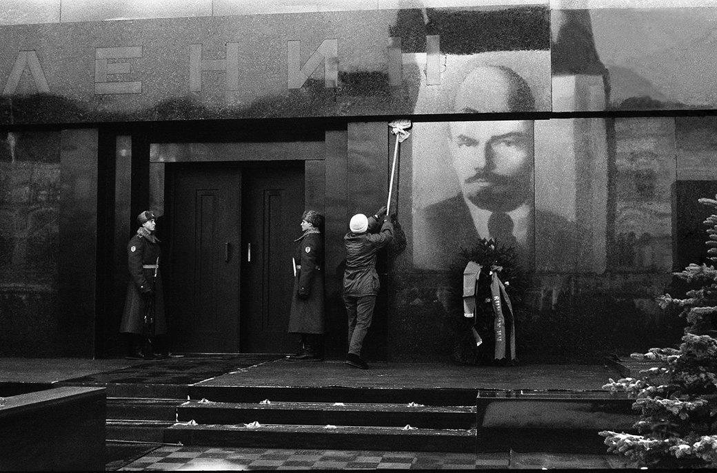 Советские фотографы, которых несправедливо уволили. Изображение № 20.