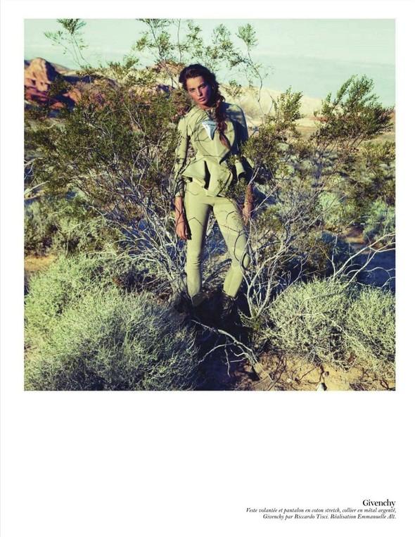 Съёмка: Дарья Вербова для французского Vogue. Изображение № 36.