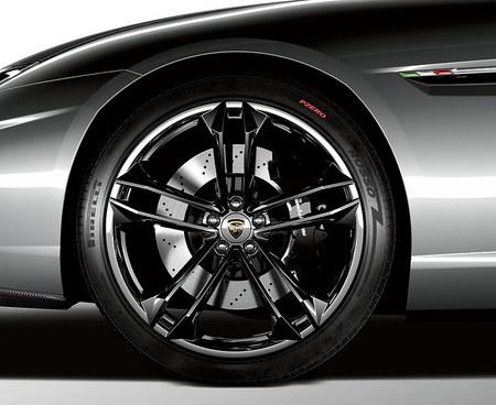 Lamborghini Estoque. Изображение № 3.