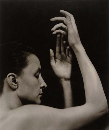 Части тела: Обнаженные женщины на винтажных фотографиях. Изображение №6.