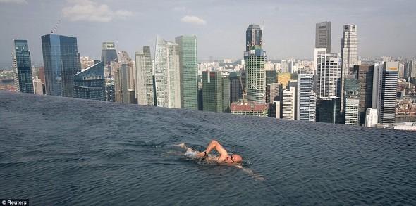 Идеальный бассейн в Сингапуре. Изображение № 1.