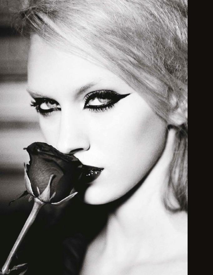 Numero, Vogue и другие журналы опубликовали новые съемки. Изображение № 8.