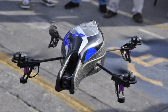 Parrot AR.Drone. Полетели!. Изображение № 5.