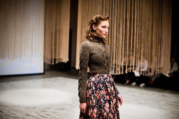 Показ Ulyana Sergeenko FW 2011. Изображение № 13.