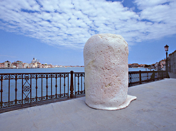 Жвачка наулицах Венеции идругие «безобразия». Изображение № 3.