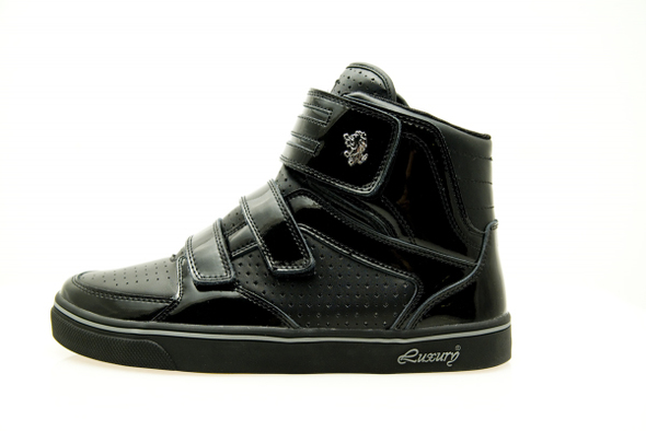 Vladofootwear встиле Kanye West. Изображение № 3.