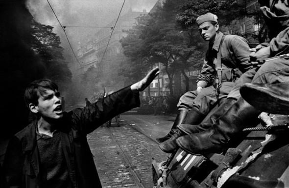 """Книга Йозефа Коуделки. """"Вторжение 68 Прага"""". Изображение № 3."""