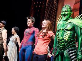 Всемирная паутина: История Человека-паука за полвека. Изображение №47.