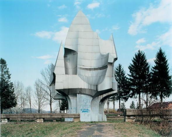 ЯнКемпенаэрс. Югославские споменики. Изображение № 10.
