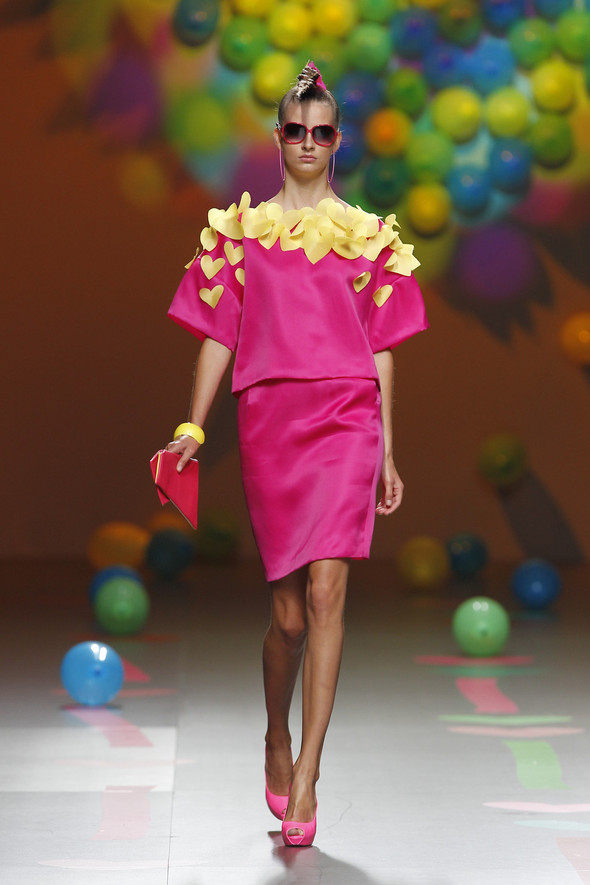 Madrid Fashion Week SS 2012: Agatha Ruiz de la Prada. Изображение № 18.