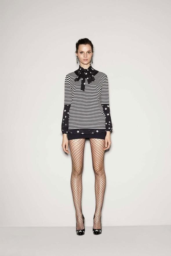 Лукбук: Dolce & Gabbana FW 2011 Women's. Изображение № 42.