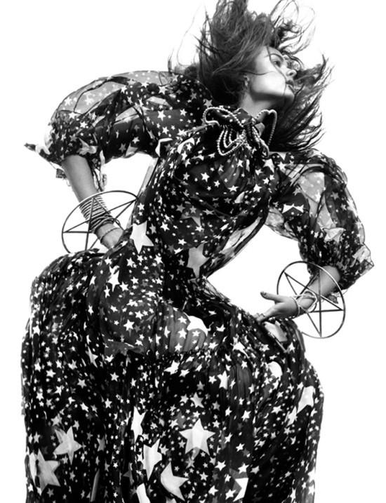 Съемка: Моника Ягачак для Numero #126. Изображение № 1.