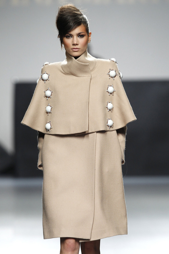 Madrid Fashion Week A/W 2012: Juana Martin. Изображение № 9.