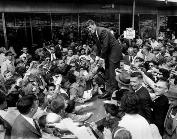 100 лет выборов в документальных фотографиях. Изображение № 38.