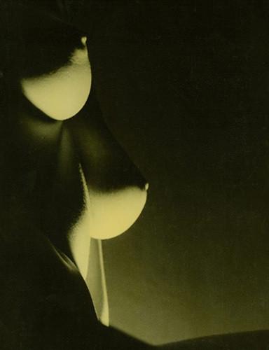 Части тела: Обнаженные женщины на фотографиях 50-60х годов. Изображение № 85.