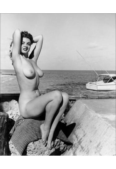 Части тела: Обнаженные женщины на фотографиях 50-60х годов. Изображение № 39.
