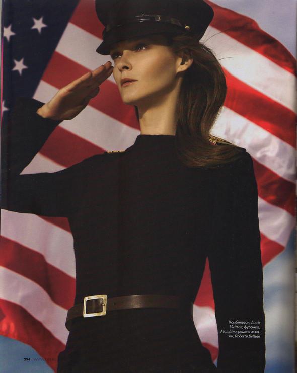Съёмка: Кармен Касс для российского Elle. Изображение № 3.