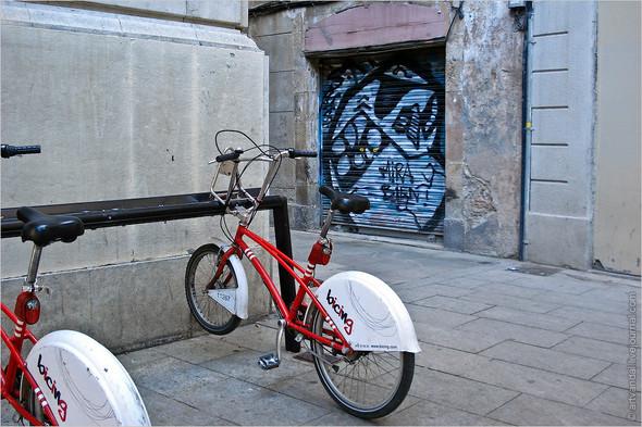 Стрит-арт и граффити Барселоны, Испания. Изображение № 42.