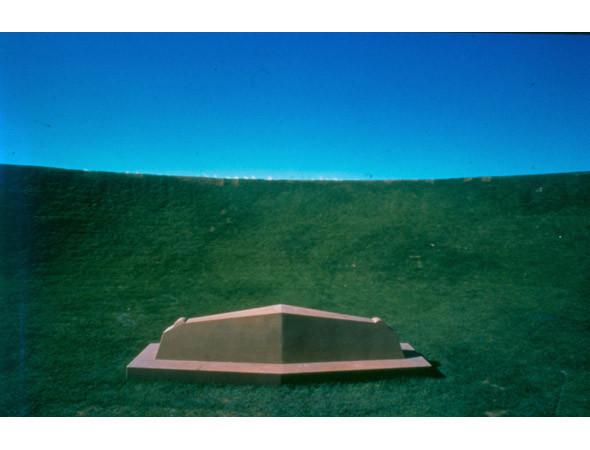 Новая земля: Гид по современному ленд-арту. Изображение № 43.