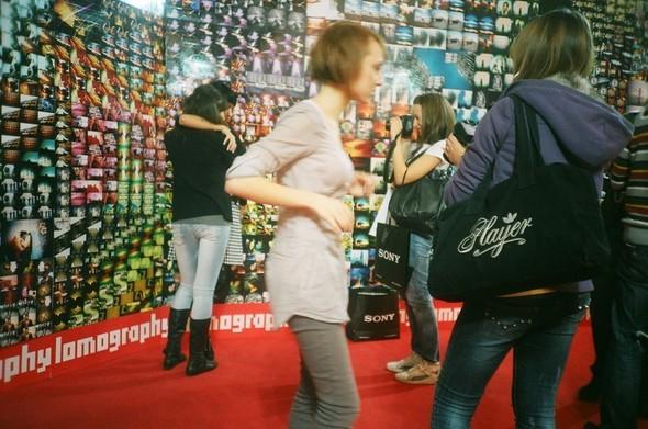 Этовам неигрушки! ИлиЛомография наФотоярмарке'09. Изображение № 74.