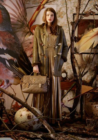 Изображение 2. Превью кампаний: Burberry, Marc Jacobs и Mulberry.. Изображение № 3.