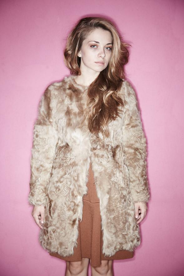 Гардероб: Катя Ложникова, редактор аксессуаров журнала In Style. Изображение № 17.