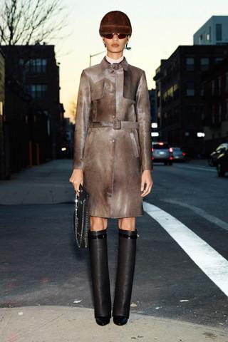 Givenchy Pre-Fall 2012. Изображение № 25.