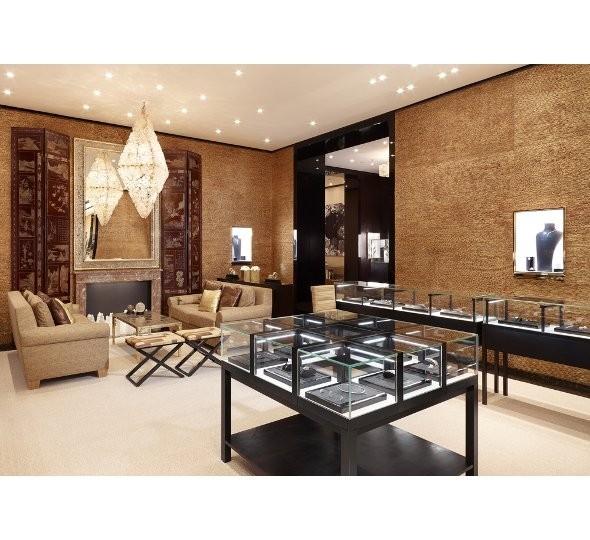 Новые магазины: Louis Vuitton в Риме, Chanel в Москве и Celine в Нью-Йорке. Изображение № 20.