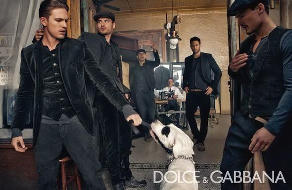 Dolce & Gabbana Fall 2010. Изображение № 3.