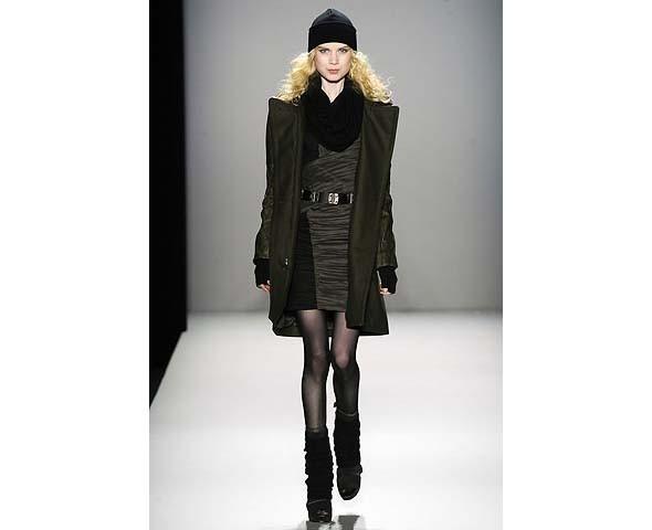 Неделя моды в Нью-Йорке: второй день. Изображение № 161.