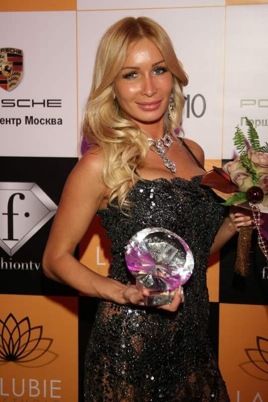 FASHION NEW YEAR 2012 Самая модная ЕЛКА страны. Изображение № 3.