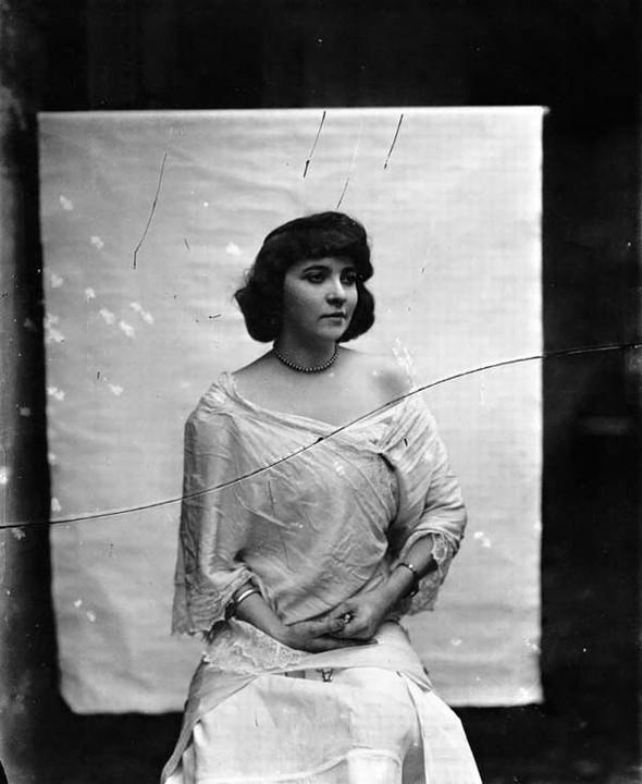 Фотосессия жриц любви 1912 года. Изображение № 16.