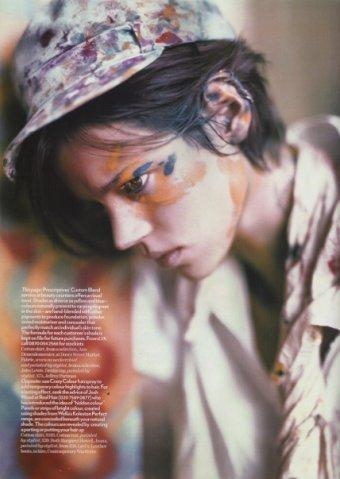 Vogue UK– Apr2008 – A Stroke ofGenius. Изображение № 4.