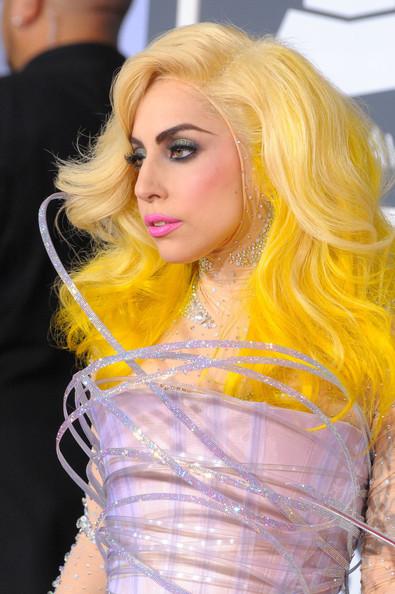Очередные метаморфозы Lady Gaga. Изображение № 8.