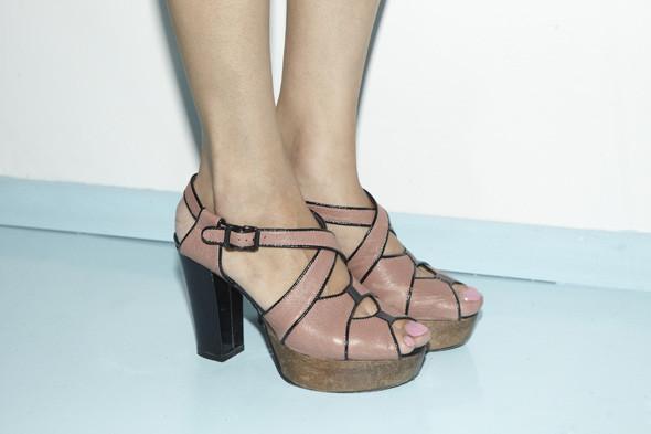 Гардероб: Джига Санжиева, младший редактор моды журнала In Style. Изображение № 21.
